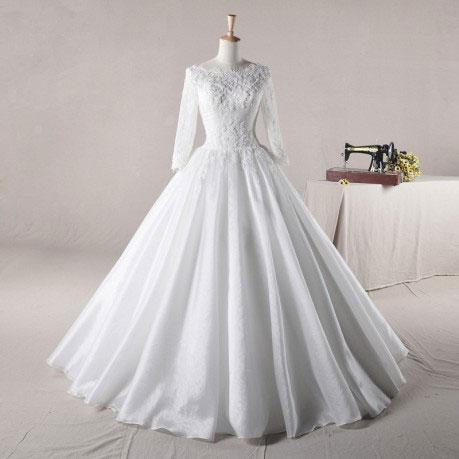 may váy cưới theo mẫu 7
